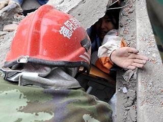 Четверо детей спасены из-под обрушившейся школы на Гаити. Фото: www.newsru.co.il