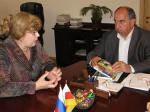 Марина Медведева и Станислав Баскаев во время официальной встречи в Правительстве РСО-А. Фото Марины Леоновой