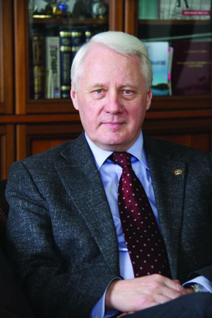 Академик Николай Сергеевич Касимов